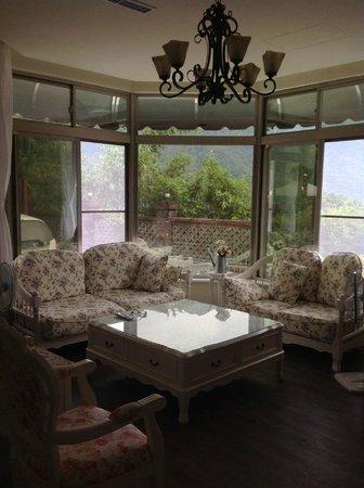 Mulan Country Villa : 沐嵐小鎮~休閒客廳