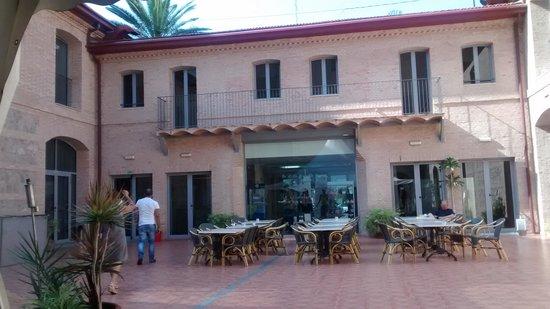 Checkin Valencia: patio central