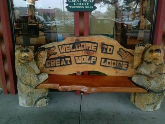 Great Wolf Lodge : Front entrance