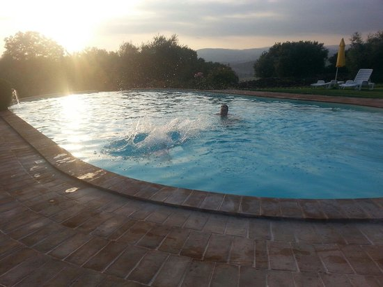 Great swimming pool picture of pian dei casali for Good swimming pools