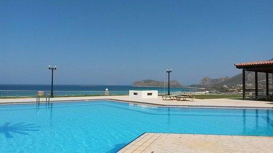 Panorama Hotel: Vue de la piscine
