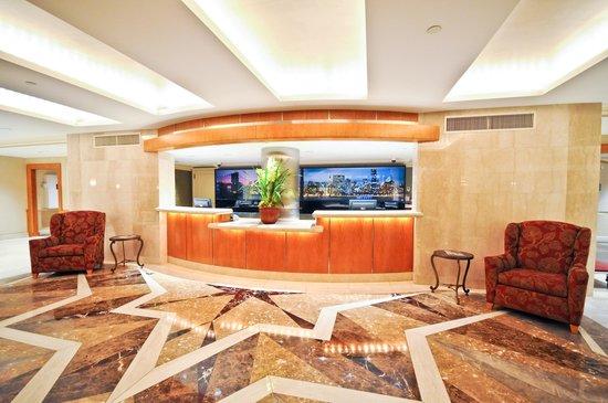 San Carlos Hotel: Lobby