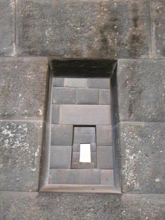 Convento de Santo Domingo: repeating windows
