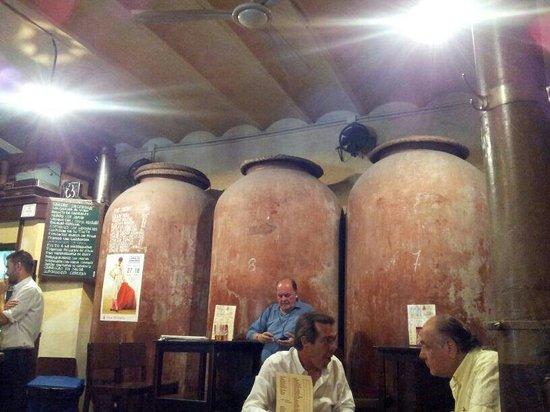 Casa Morales: Interno del locale