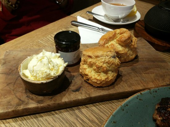 Mannion And Co: Scones with jam