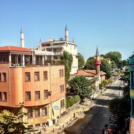 Hotel Carino: Вид из окна