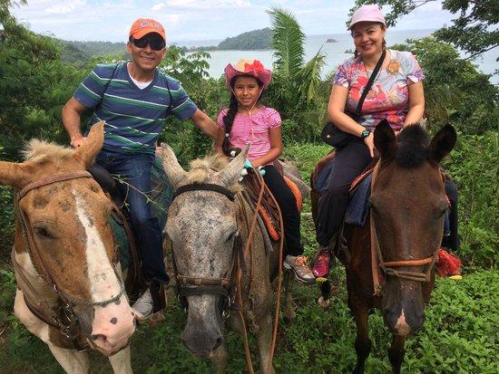 Arenas del Mar Beachfront and Rainforest Resort, Manuel Antonio, Costa Rica: Horse back riding around Manuel Antonio