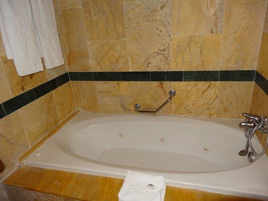 Grand Bahia Principe Jamaica : tub