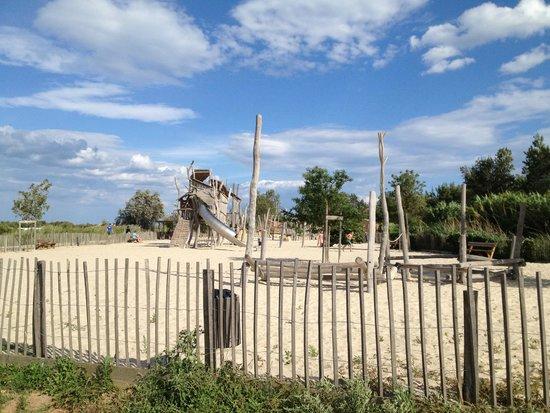 Yelloh! Village Le Sérignan-Plage : The very sunny playground