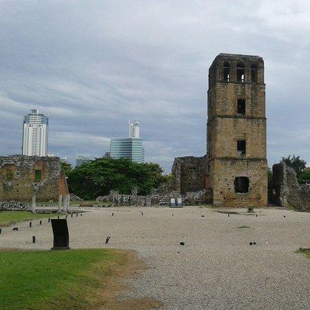 Museo Panama Viejo: Beautiful tower