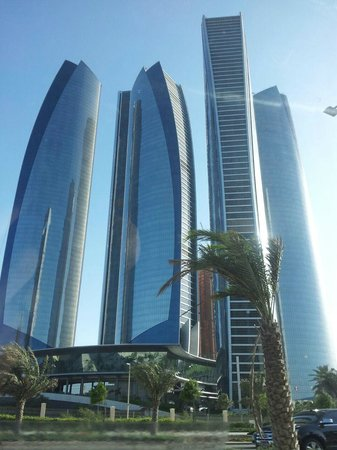Jumeirah at Etihad Towers: Struttura