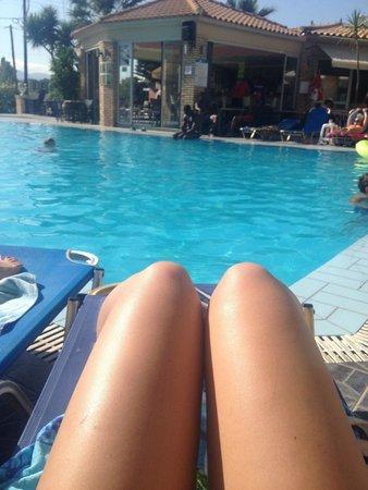 Hotel Vivian: Poolside