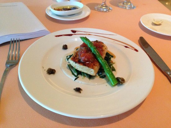 Grand Park Royal Cancun Caribe: Italian Chicken dish - yum