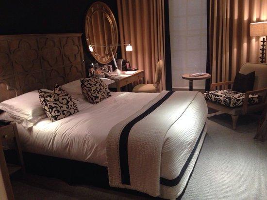 The Bloomsbury: Very nice room