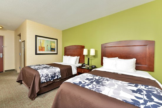 Sleep Inn & Suites Upper Marlboro near Andrews AFB : Double Room