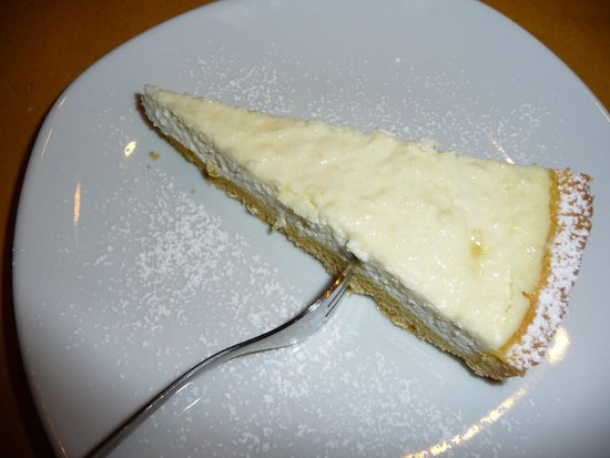Agriturismo La Pietriccia: Lemon Ricotta Crostata