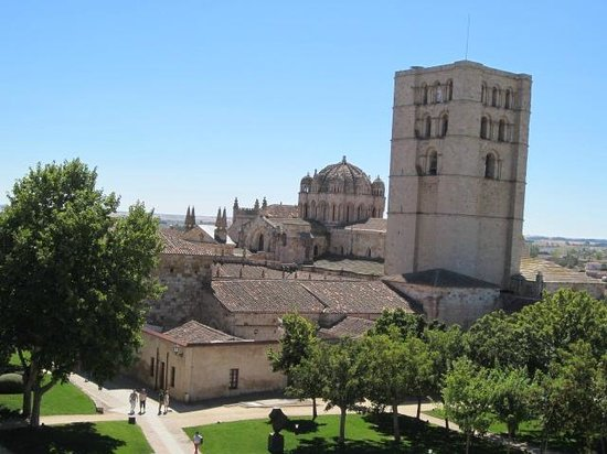Zamora: vista catedral desde castillo
