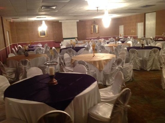 Baymont Inn & Suites Salem Roanoke Area: Banquet Hall