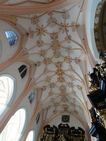Basilica St.Michael: Basilica interior