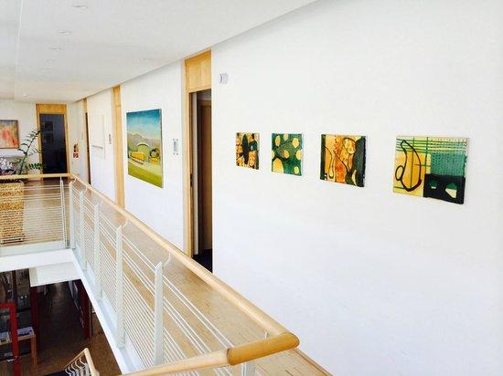 Hotel Galerie: Main first floor corridor