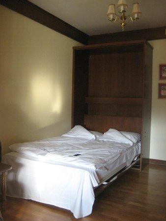 Bardola Hotel: Letto aggiunto