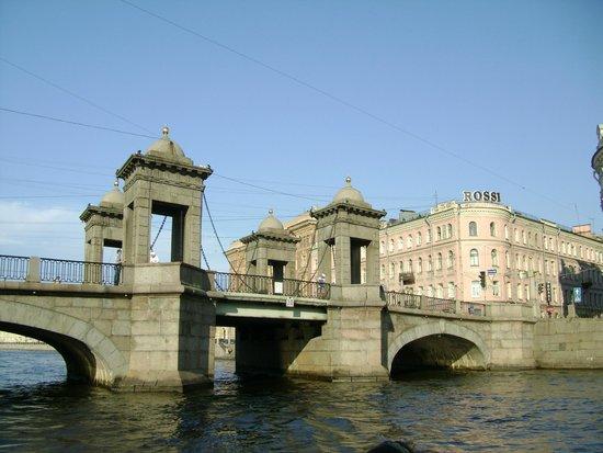 Lomonosov Bridge: мост Ломоносова