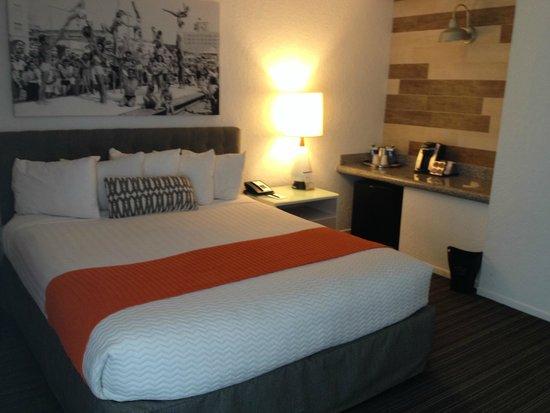 Inn at Venice Beach: Bed