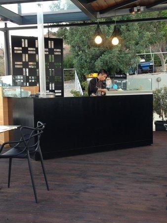 SENTIDO Elounda Blu: Chef in the Asian restaurant