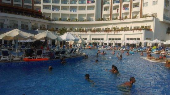 Side Prenses Resort Hotel & Spa: havuz.
