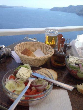 Flora: Déjeuner salade grecque
