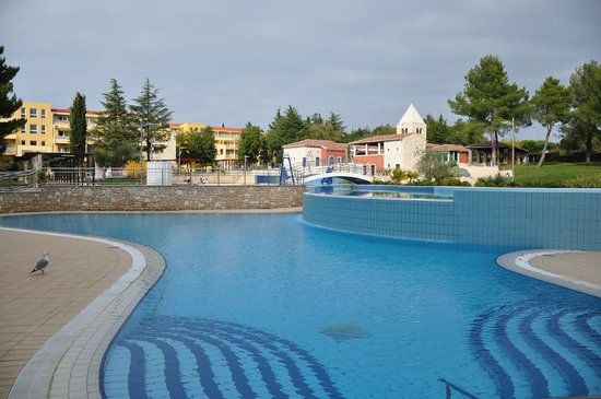 Sol Garden Istra: pool is big and clean