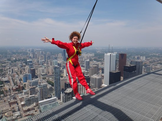 Edge Walk at the CN Tower: Off the edge!