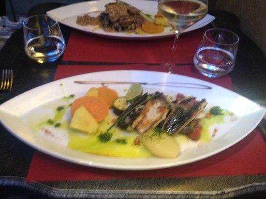Le Boudoir : Plat : poissons grillés au piment d'espelette