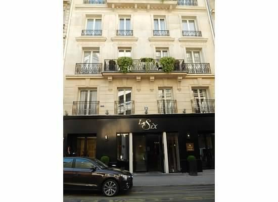 Hotel Le Six: Le Six entrance
