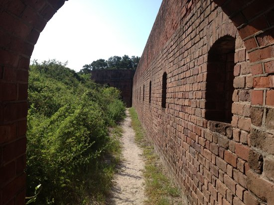 Fort Clinch State Park: Inside walls