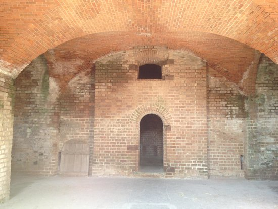Fort Clinch State Park: More inner walls