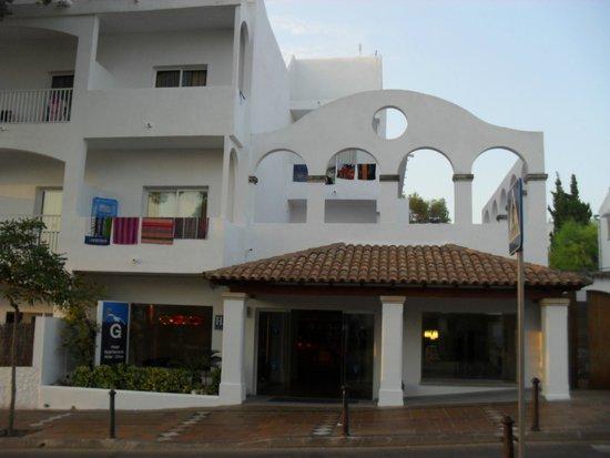 Gavimar Ariel Chico Club Resort : Facade hôtel