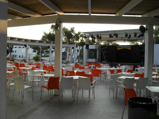Gavimar Ariel Chico Club Resort : Scène de spectacles