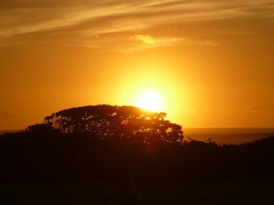 Kauai Beach Resort : Sunrise on the beach