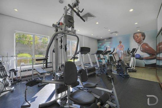 Hotel Deville Prime Porto Alegre: Fitness Center
