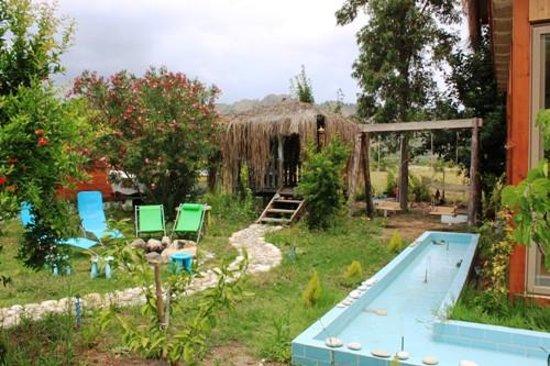 Villa Iz: GARDEN