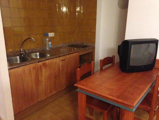 Palia Puerto Del Sol: Apartment Kitchen Area