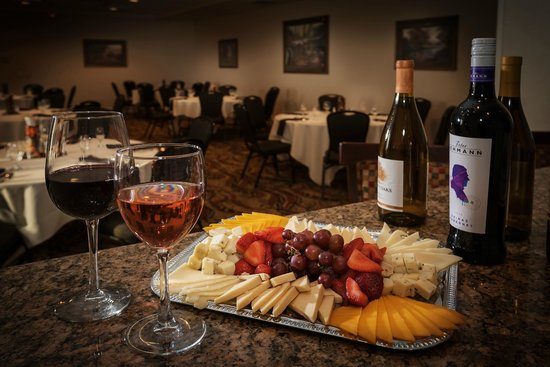 Hilton Garden Inn Corvallis: Call us to book your next special event!