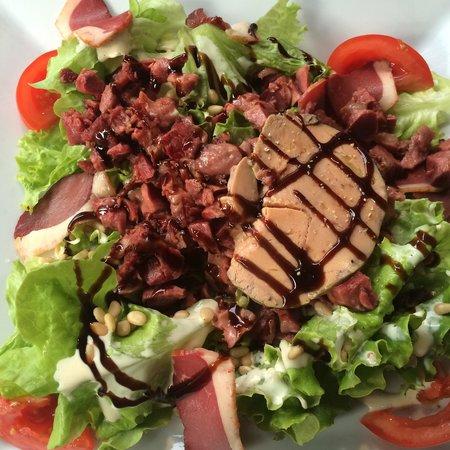 Salade Périgourdine @ Le Bistrot du Palais, Troyes