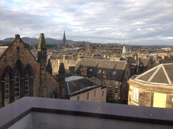 Premier Inn Edinburgh Central (Lauriston Place) Hotel : View out of 5th floor