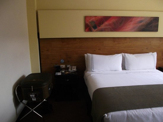 Sonesta Hotel Cusco: Quarto do hotel.