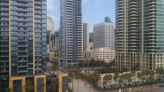 Wyndham San Diego Bayside : city view