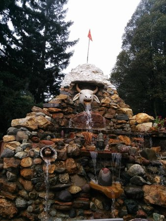Watsonville, CA: Saffron Hindu flag at the top