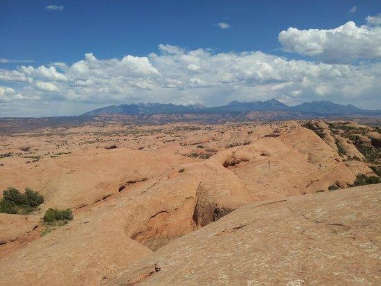 Raven's Rim Zip Line Adventure: Mountains in the distance.