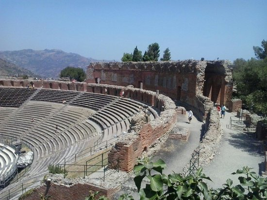 Greek Amphitheater : Teatro griego.